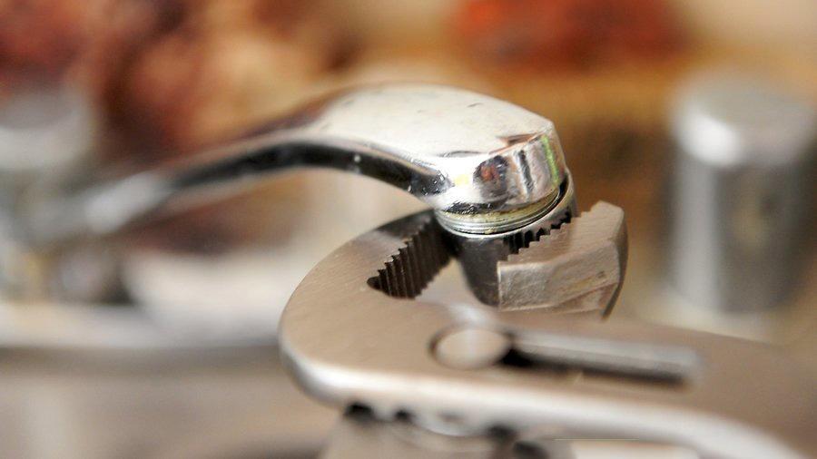تنظیم کردن فشار شیر آب